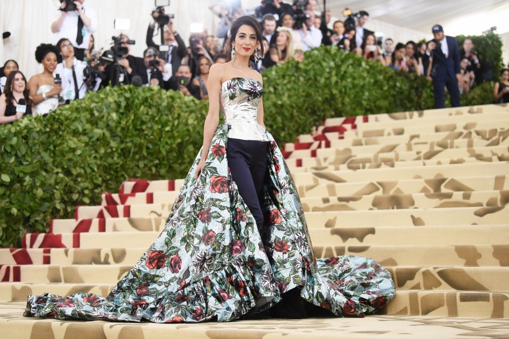 THE 20 BEST RED CARPET LOOKS TO WELCOME 2020
