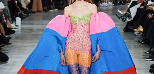 PARIS HAUTE COUTURE SHOWDOWN