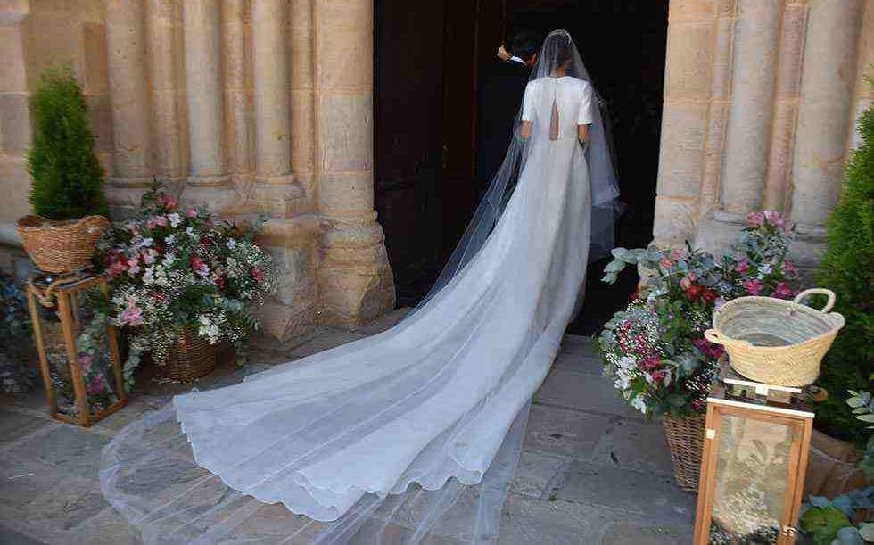 THE ROYAL BRIDES OF 2020