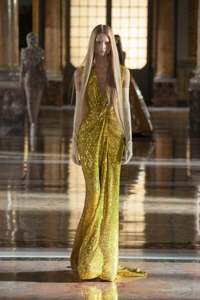Valentino haute couture ss21.