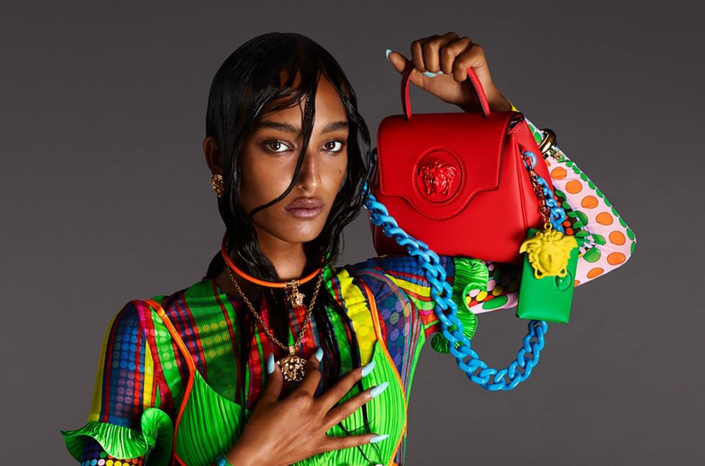 10 BAGS FOR SPRING THAT SPELL LOVE