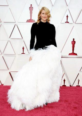oscars 2021 best dresses